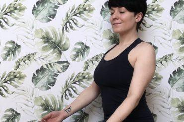 Co daje joga? Korzyści płynące z regularnej praktyki.