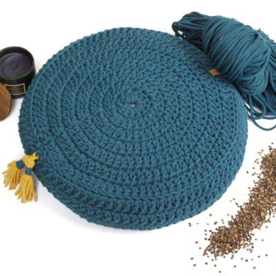 Rękodzieło dla domu. Ręcznie robione dodatki do wnętrz. Poduszka wypełniona łuską gryki.