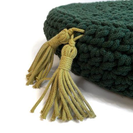 Poduszka inspirowana jogą. Butelkowa zieleń